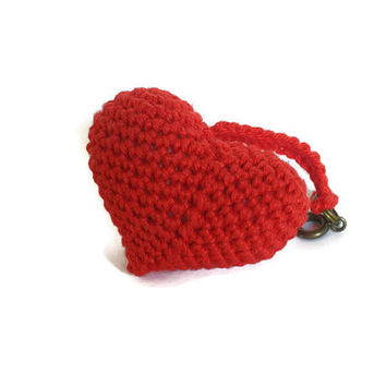 Heart keychain, crochet heart, bag charm, amigurumi heart, bag charm heart, crochet bag charm, cute keychain, little heart gift