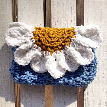 Daisy Crocheted Wristlet, Clutch, Purse, Bag, Wallet - Handmade