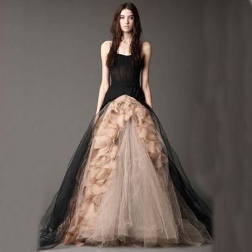 Halloween A Line Tulle Open Back Strapless Unique Bridal Gowns Victorian Gothic Champagne And Black Wedding Dresses Casamento