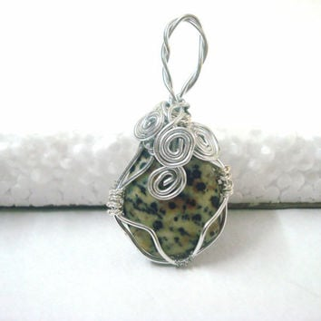 Unique Polished Dalmatian Jasper wire wrapped pendant, Dalmatian jewelery, white jewelry, Polished gemstone jewelery, light pendant