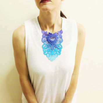 Hand Dyed Turquoise Lace Necklace, Blue to purple color necklace, Triangle Tribal, Vintage Style, Preppy, Detachable collar