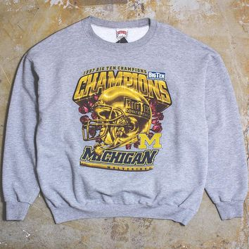 University Of Michigan 1997 Big Ten Champs Gold Helmet Nutmeg Mills Crewneck Sweatshirt Heather Grey (XL)