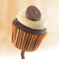 Chocolate Peanut Butter Cup. Buy Cupcakes Online - Sweet Street Desserts
