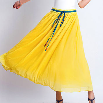 Yellow tulle dress (0122)