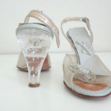 1950s Clear Lucite Heels by American Girl // 7 Narrow // AS IS