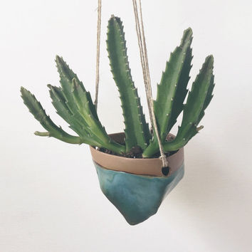 Medium Ceramic Hanging Planter / House Plants, Succulents, Air Plants or Cacti / The Valley Planter / MADE TO ORDER