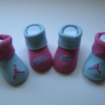 Jordan Baby Infant Booties 0-6months +Free 3.5mm Anti Dust Cellphone/mp3/ipad