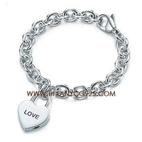 Shopping Cheap Tiffany and Co Love Heart Lock Charm On Bracelet At Tiffanyco925.com - Discount Tiffany Bracelets