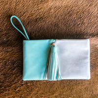 Two-Faced Clutch - Mint