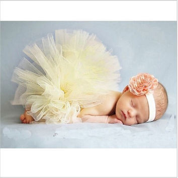 Retail Fashion Baby girls tulle tutu skirt set with beautiful flower hair accessories Children photograph prop 2 colors  HB412