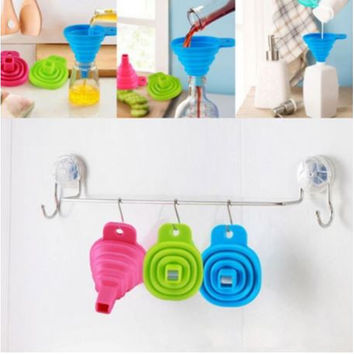 Candy Color Kitchen Tool Silicone Collapsible Style Mini  Portable Funnel