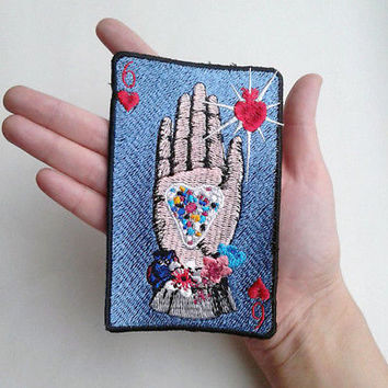 Playing card chehrva heart in hand Victorian style vintage embroidered patch