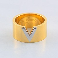 LV Louis Vuitton Fashionable Women Men Titanium Steel Ring Accessories Jewelry Golden