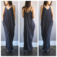 A Slouch Pouch Maxi in Stone