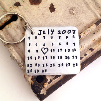 CALENDAR KEYCHAIN - Hand Stamped Aluminum Calendar - Date Highlighted with Heart - Anniversary, Wedding, Birthday