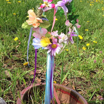 Mini Maypole Garden Stake, Mothers Day Gift, Memorial Cemetery Floral Decoration, Floral Yard Art, Victorian or Fairy Garden Display