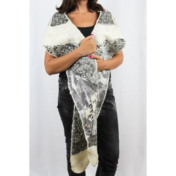 Hooded Stone White Crafted Felt Scarf