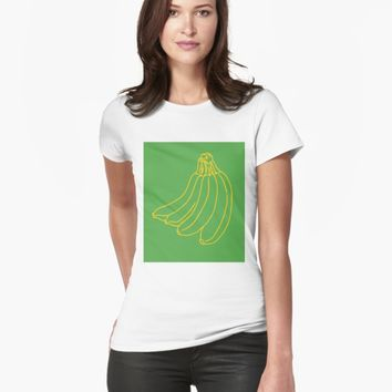 'Banana' T-shirt by VibrantVibe