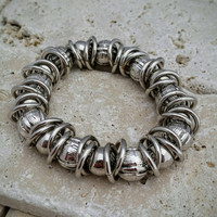 Vintage Silvertone Bead and Circle Retro Stretch Bracelet - Boho Chic / Art Deco Retro Chic / Gift