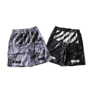 2018 new fashion street  marble  mesh  breathable sports shorts  men's wear.