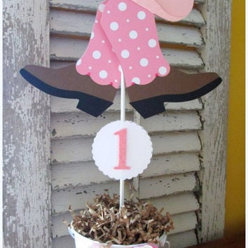 Cowgirl Centerpieces with Boots and Hat