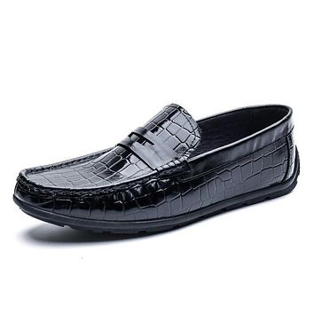 Luxury Genuine Leather Men Shoes Slip On Flats Driving Classic Men Shoes Casual Boat Designer