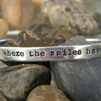 Jimmy Buffett song lyrics bracelet  Wrinkles only go by WordyWoman