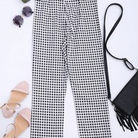 Ruffle Hem Checked Capri Pants
