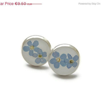 ON SALE Dried forget-me-not stud earrings, Blue ear studs resin, Pressed flower jewelry, Botanical jewelry