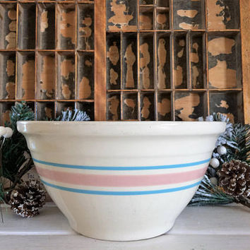 McCoy 10 Bowl, McCoy Pink Strips, McCoy Blue Strips, Vintage McCoy, McCoy Mixing Bowl, McCoy Stripe Bowl, McCoy Pottery, Ceramic Bowl