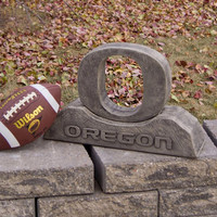 Oregon Ducks NCAA O College Mascot 12in Vintage Statue