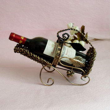 Bottle wine rack.Suit for home and office.Put the wine in right place = 4486842820