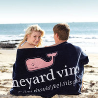 Men's Accessories: Everyday Beach Towel for Summer – Vineyard Vines