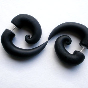 Black Spiral Fake Gauge Earring -Cheater -Alternative -Jewelry