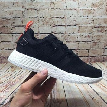 LMFUX5 Adidas NMD R2 Core Black BY9314 Boost Sport Running Shoes Classic Casual Shoes Sneakers