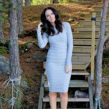 Long sleeves midi dress, long sleeves grey dress, long sleeves dress, fall dress, grey dress, bodycon dress, fall clothing, dress.