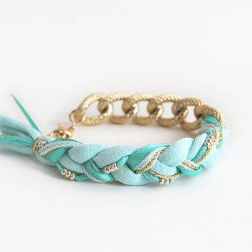 Mint bracelet with chunky chain, mint bohemian braided bracelet, chunky chain bracelet