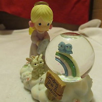 FROM ENESCO PRECIOUS MOMENTS SNOW GLOBE MADE IN CHINA IN 1999 EXCELLENT CONDITION