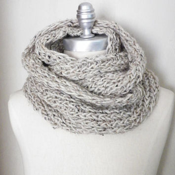 Oatmeal Tweed Scarf, Alpine Wool Infinity Scarf, Knit Fall Scarf, Loop Scarf, Mobius Scarf, Fashion Knitwear, Fall Essentials,