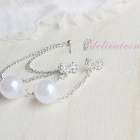 Bow Pearl Chain Stud Chain Cartilage Earring / Cartilage Piercing