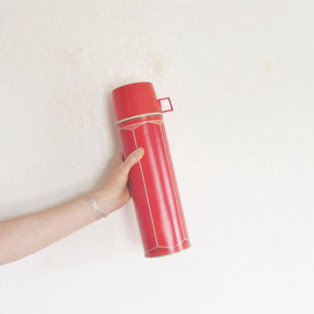 retro tall red 1974 metal thermos . extra long camping soup drink canteen