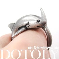 Shark Sea Animal Wrap Around Realistic Ring in Silver - Size 5 to 10