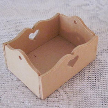 Miniature Doll House Unfinished Wooden Crate Pennsylvania Dutch Craft