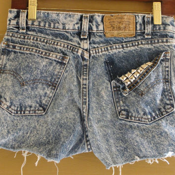 vintage Levi 501 high contrast acid wash washed upcycled distressed studded cut off denim jean shorts small womens 501 medium husky