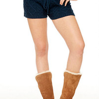 Cable knit tie front shorts