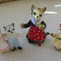 Vintage Three Little Kittens & Mom Figurines 1950s Fairy Garden Terrarium