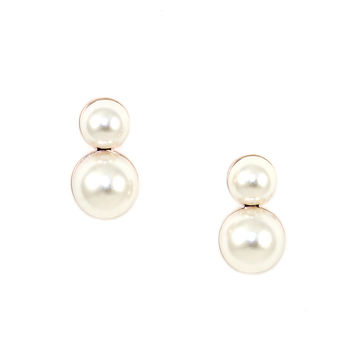Flatback Pearl Earrings