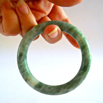 Jade Bracelet Bangle, Nephrite Spinach Green, Chinese, Round Green Vintage
