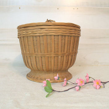 Large Wicker Rice Basket with Lid, Tall Chinese Wedding Basket, Round Woven Sewing Basket