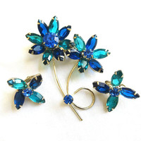 Vintage JULIANA style Shades of Blue Rhinestones Double Flower Brooch or Pin and Earrings Demi Parure Set